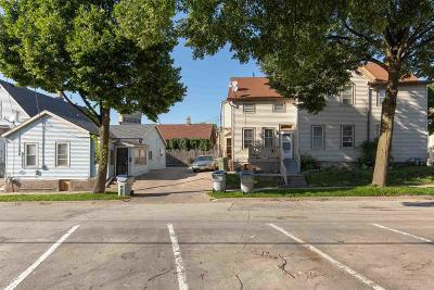 Milwaukee WI Multi Family Home For Sale: $285,000