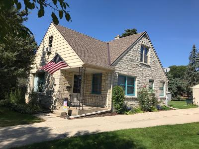 West Allis Single Family Home For Sale: 2746 S 77th St