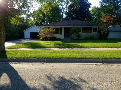 West Bend Single Family Home For Sale: 730 Madison Ave