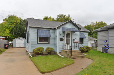 Racine Single Family Home For Sale: 1529 Russet St