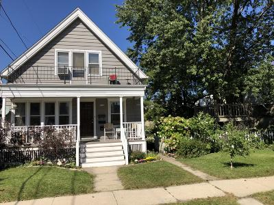 West Allis Two Family Home For Sale: 5612-5614 W Mitchell St
