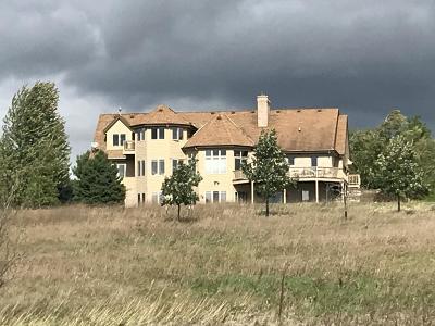 Oconomowoc Single Family Home For Sale: N71w35498 Mapleton Lake Dr
