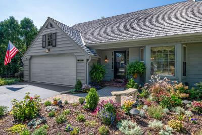 Mequon Condo/Townhouse For Sale: 10343 N Westport Cir