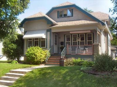 West Bend Single Family Home For Sale: 137 N Forest Ave