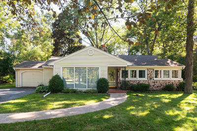 Elm Grove Single Family Home For Sale: 14975 Wisconsin Ave
