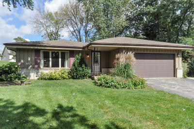 Hartland Single Family Home Active Contingent With Offer: N65w28544 Hibritten Way