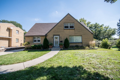 West Allis Single Family Home For Sale: 2628 S 83rd St