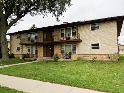 Milwaukee Multi Family Home For Sale: 8708 W Villard Ave