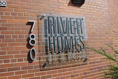 Sheboygan Condo/Townhouse For Sale: 780 S Pier Dr #101