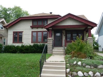 Milwaukee Single Family Home For Sale: 1810 N 54th St