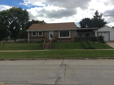 Milwaukee Single Family Home For Sale: 5101 W Cleveland