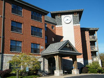 Waukesha WI Condo/Townhouse For Sale: $155,000