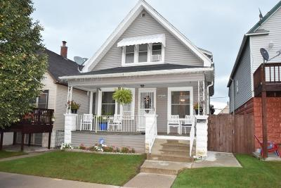 Milwaukee Single Family Home For Sale: 2654 S 10th St