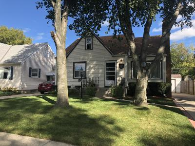Milwaukee Single Family Home For Sale: 5050 N 57th St