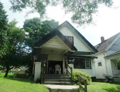 Single Family Home For Sale: 3414 N 11th St