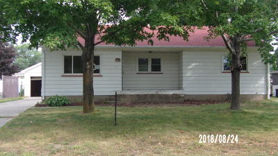 Menominee Single Family Home For Sale: 1804 28th