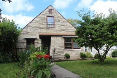 Milwaukee Single Family Home For Sale: 3273 S 6th St