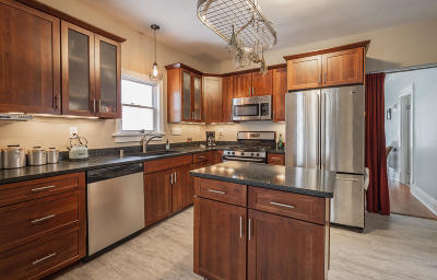 Milwaukee Two Family Home For Sale: 2544 S Shore Dr #2544A