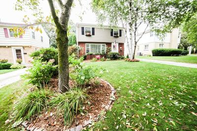 Whitefish Bay Single Family Home For Sale: 6165 N Santa Monica Blvd
