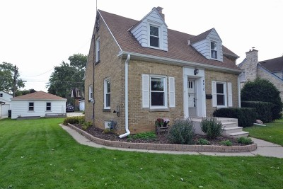 West Allis Single Family Home Active Contingent With Offer: 2010 S 107th St