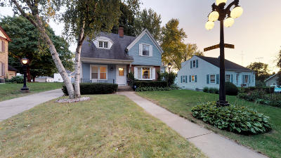 Jefferson Single Family Home For Sale: 424 E Milwaukee St
