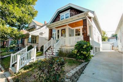Milwaukee Single Family Home For Sale: 2756 S Howell Ave