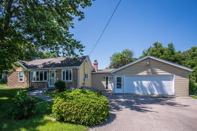 Lake Geneva Single Family Home Active Contingent With Offer: 7316 Springfield Rd
