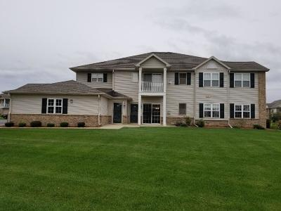 Mount Pleasant WI Condo/Townhouse Active Contingent With Offer: $134,900