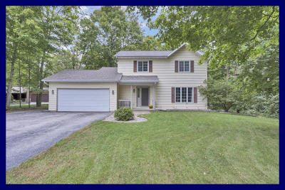 Campbellsport Single Family Home For Sale: W2325 Sunrise Ct
