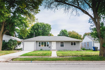 Whitefish Bay Single Family Home For Sale: 5068 N Lydell Ave