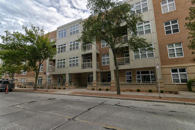Milwaukee County Condo/Townhouse For Sale: 1915 N Water St #107