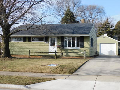 Ozaukee County Single Family Home For Sale: 1145 4th Ave