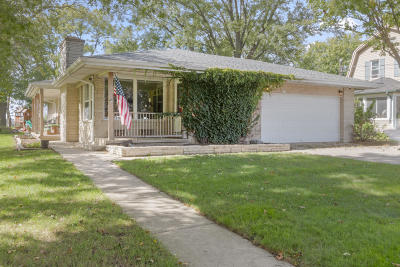 Walworth Single Family Home For Sale: 213 Fremont St