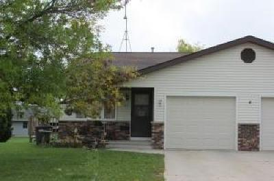 Oostburg WI Condo/Townhouse Active Contingent With Offer: $120,000