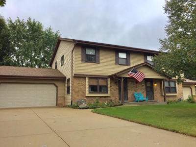 Muskego Two Family Home Active Contingent With Offer: S81w17151 Moonlight Ln