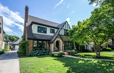 Whitefish Bay Single Family Home For Sale: 717 E Lake View Ave