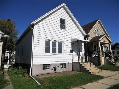 South Milwaukee Single Family Home For Sale: 1402 Madison Ave