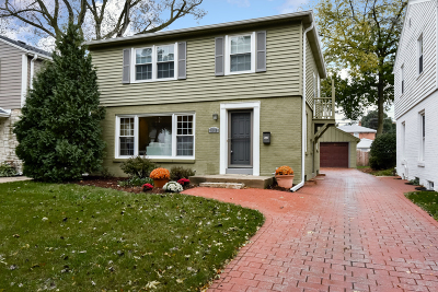 Whitefish Bay Single Family Home For Sale: 5055 N Kent Ave