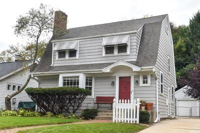 Single Family Home For Sale: 1753 Underwood Ave