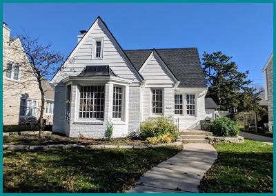 Milwaukee Single Family Home For Sale: 2786 N 69th St
