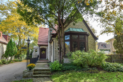 Shorewood Single Family Home For Sale: 4314 N Stowell Ave