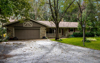 Muskego Single Family Home Active Contingent With Offer: S82w12877 Acker Dr