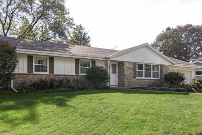 Cedarburg Single Family Home Active Contingent With Offer: N80w7115 Hickory St