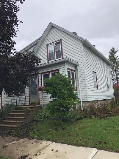 South Milwaukee Single Family Home For Sale: 1702 Madison Ave