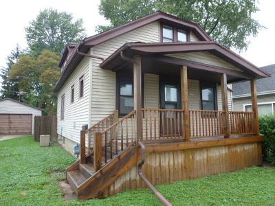 West Allis WI Single Family Home For Sale: $105,000