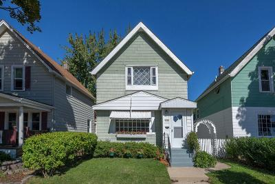 Milwaukee Single Family Home For Sale: 2848 S Delaware Ave