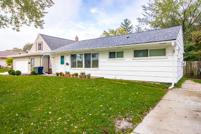 Milwaukee County Single Family Home For Sale: 3345 N 93rd St