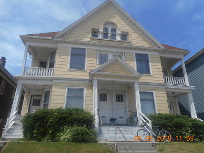 Milwaukee Multi Family Home For Sale: 1633 N Franklin Pl #1639
