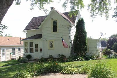 Hartford Single Family Home Active Contingent With Offer: 508 Cedar St