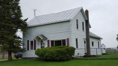 Oconto WI Single Family Home For Sale: $109,500